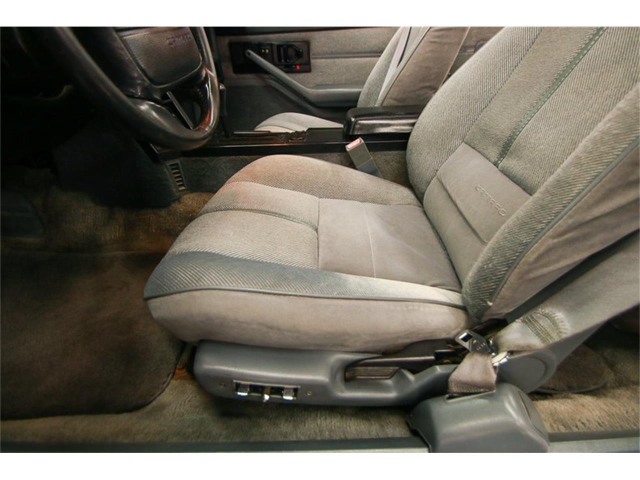 Large Picture of 1992 Chevrolet Camaro - QLU7