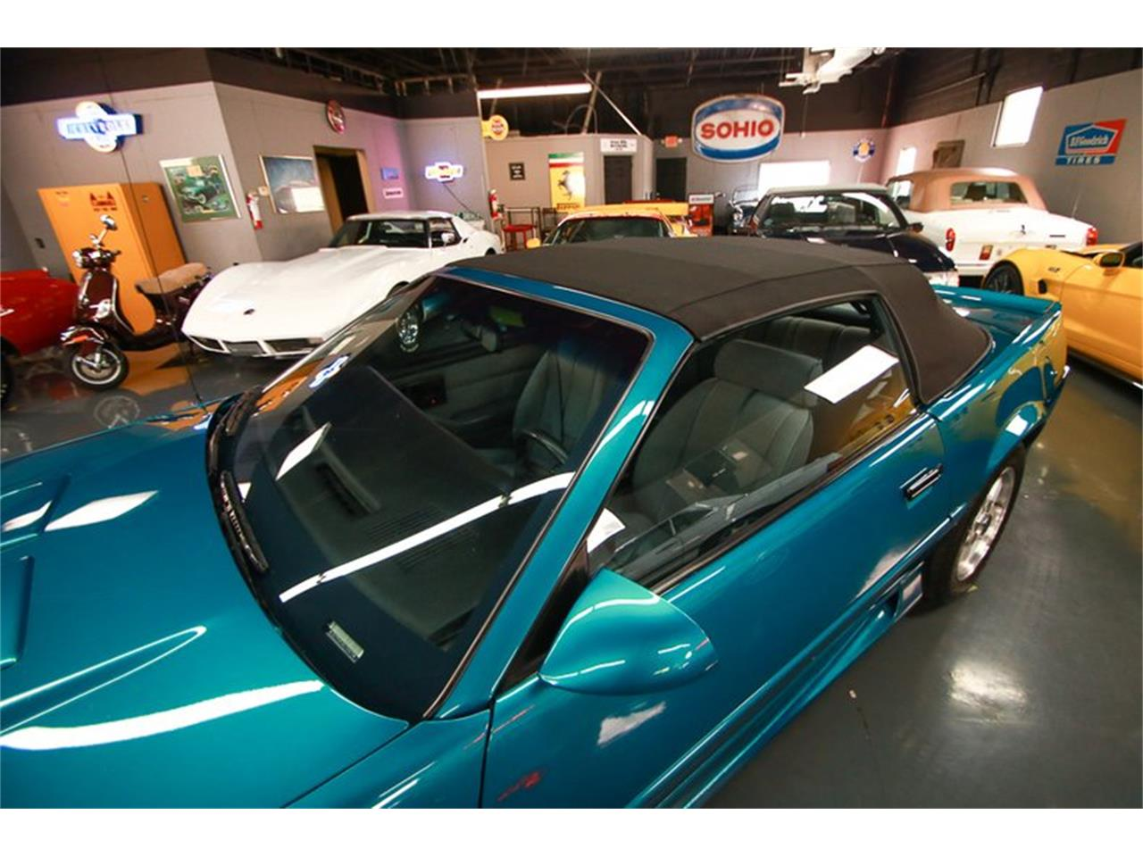 Large Picture of '92 Chevrolet Camaro - QLU7