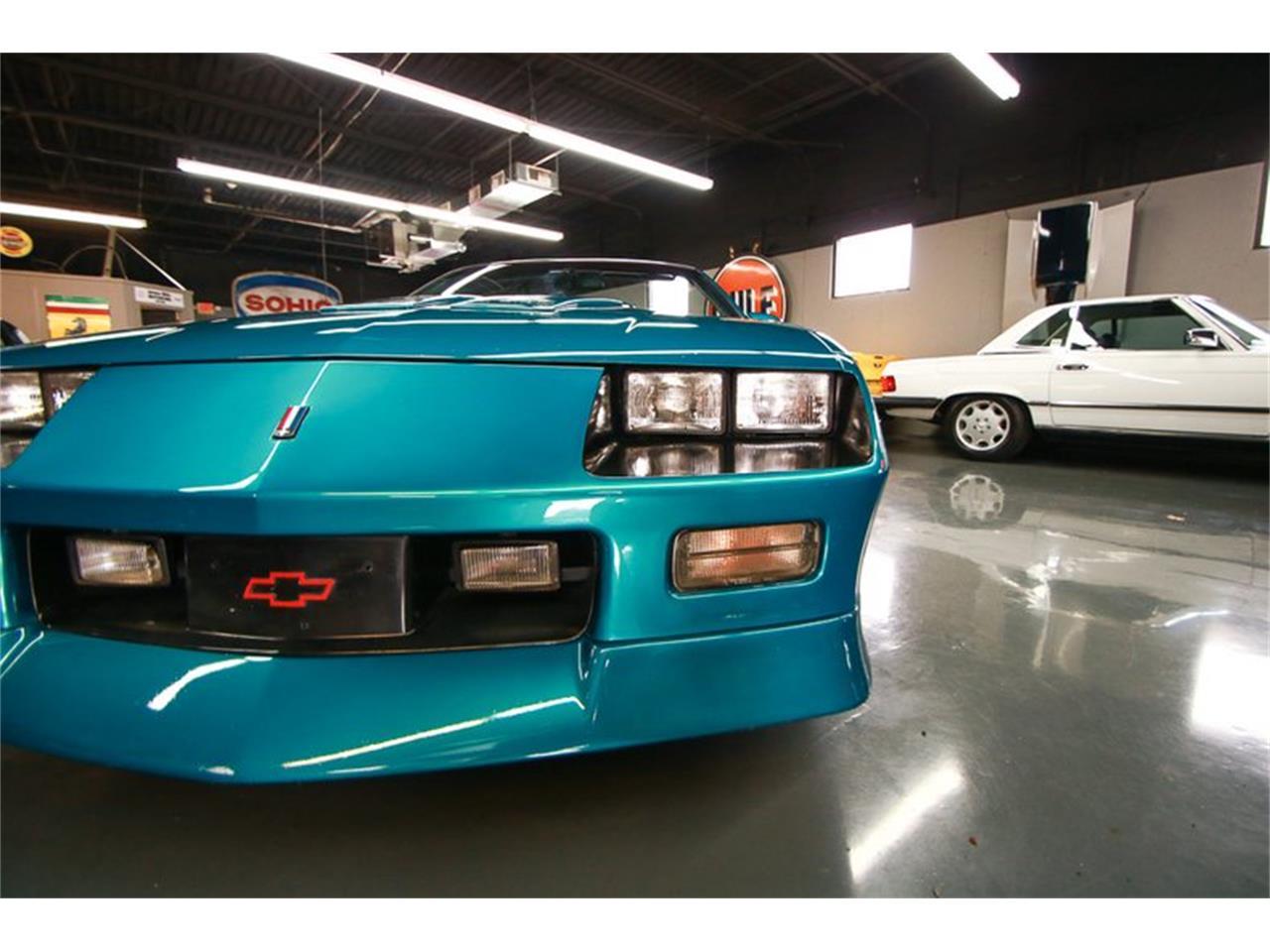 Large Picture of 1992 Chevrolet Camaro located in Ohio - $12,900.00 - QLU7