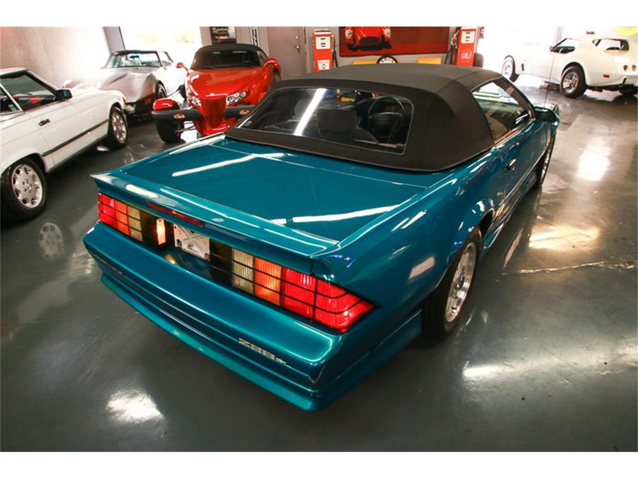 Large Picture of 1992 Camaro located in Ohio Offered by Seven Hills Motorcars - QLU7