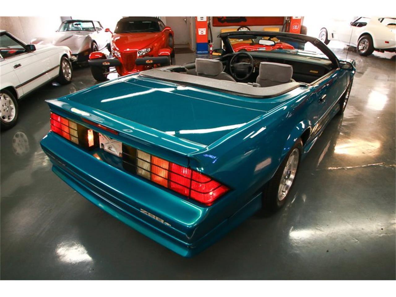 Large Picture of 1992 Camaro located in Ohio - QLU7