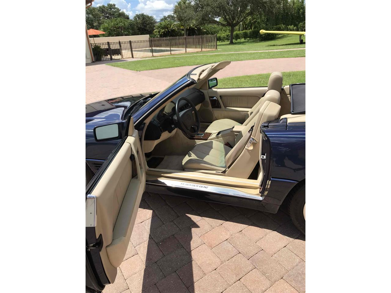 Large Picture of '95 SL500 Offered by Otto Motorcars, LLC - QKWP