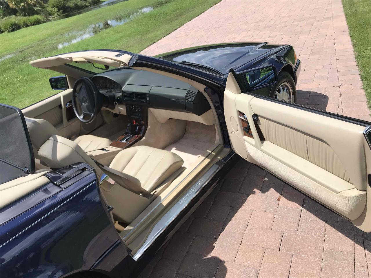 Large Picture of '95 Mercedes-Benz SL500 located in Florida - $11,500.00 - QKWP