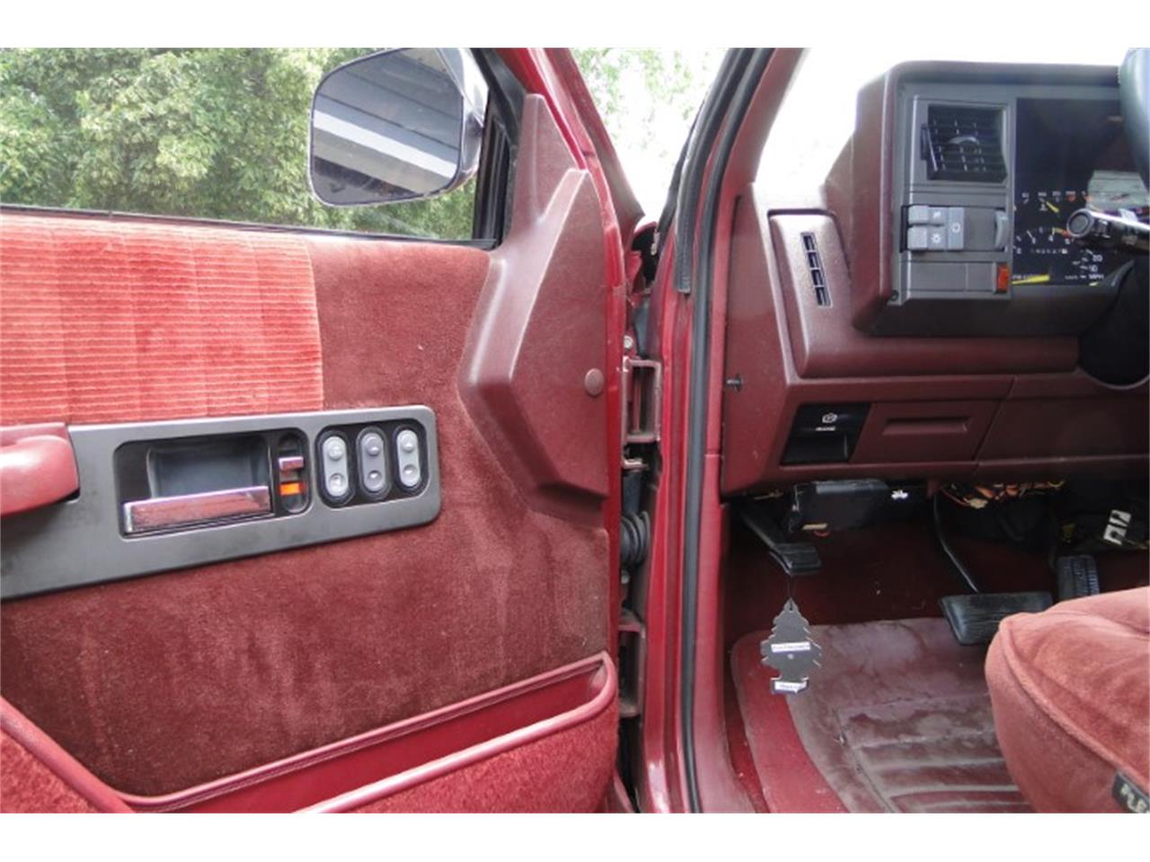 Large Picture of '92 Chevrolet 1500 Offered by Big R's Muscle Cars - QKWZ