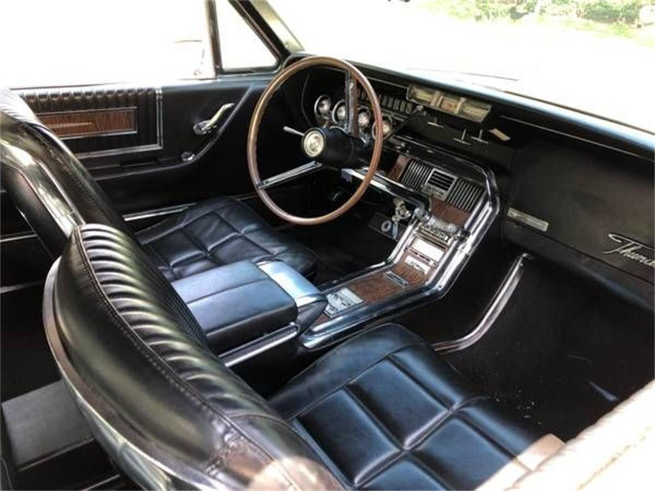 Large Picture of '66 Thunderbird - QM6J