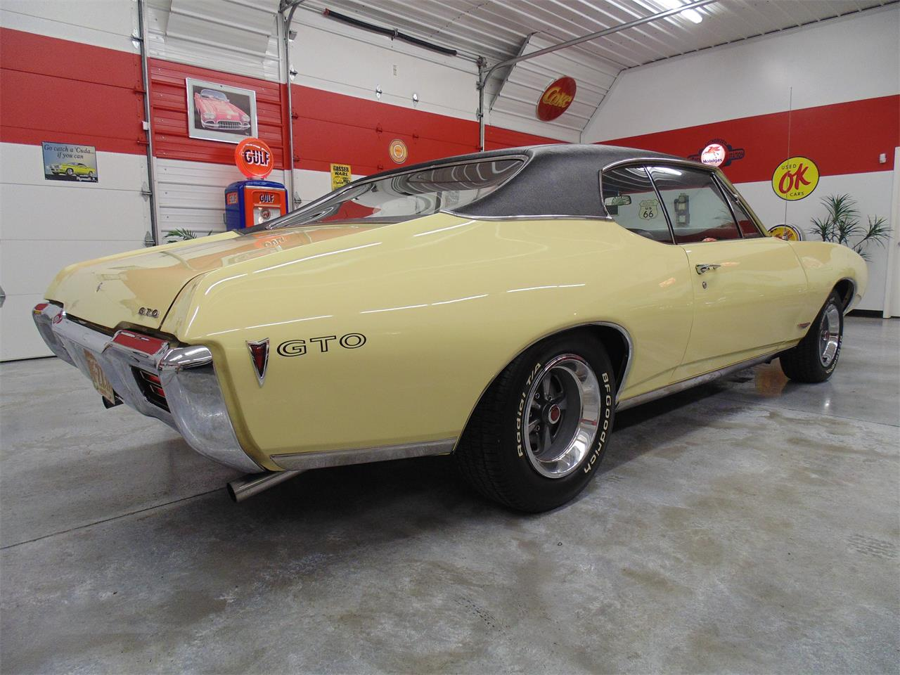 Large Picture of '68 GTO - QM8B