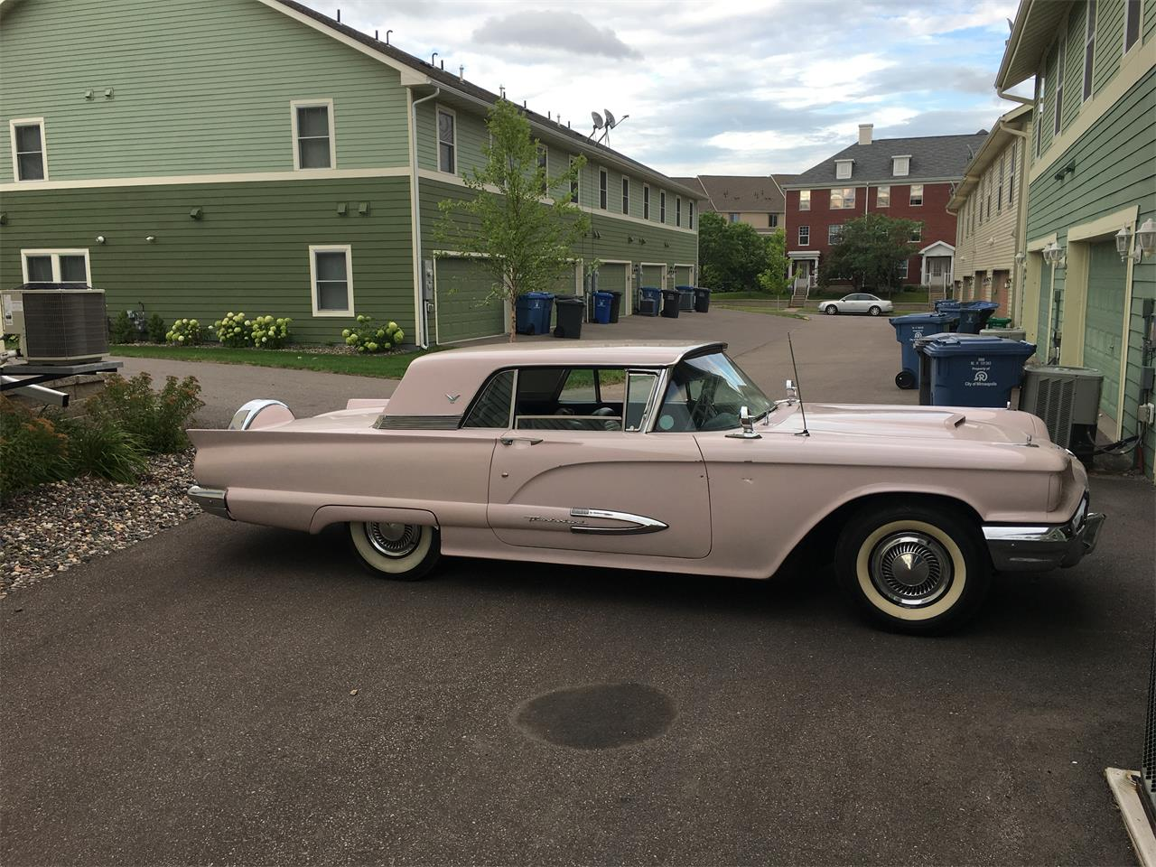 Large Picture of '59 Thunderbird - QM8Z