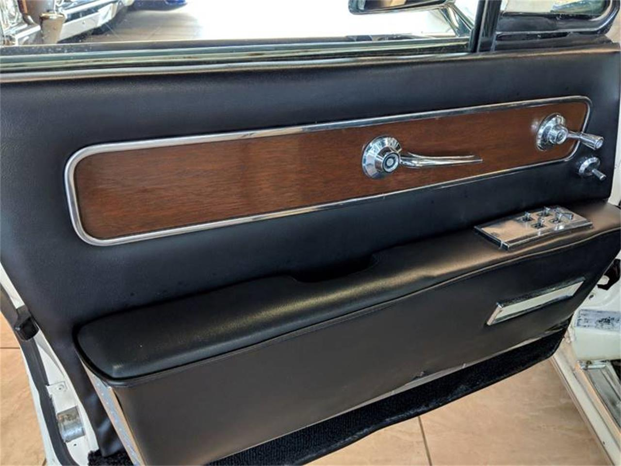 Large Picture of '62 Continental - QKT2