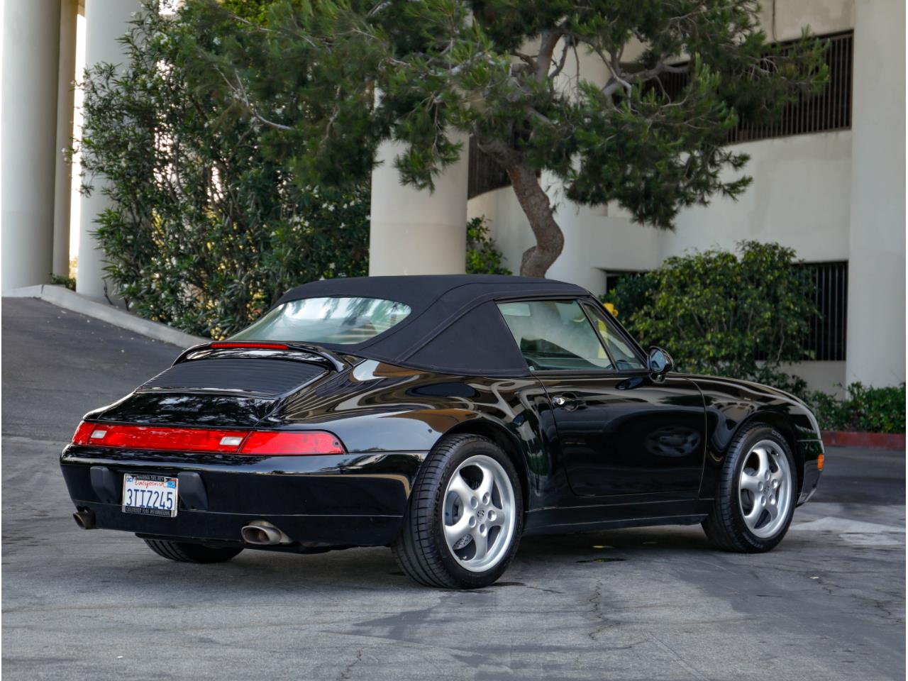Large Picture of '97 993 - $67,500.00 Offered by Chequered Flag International - QKZ2