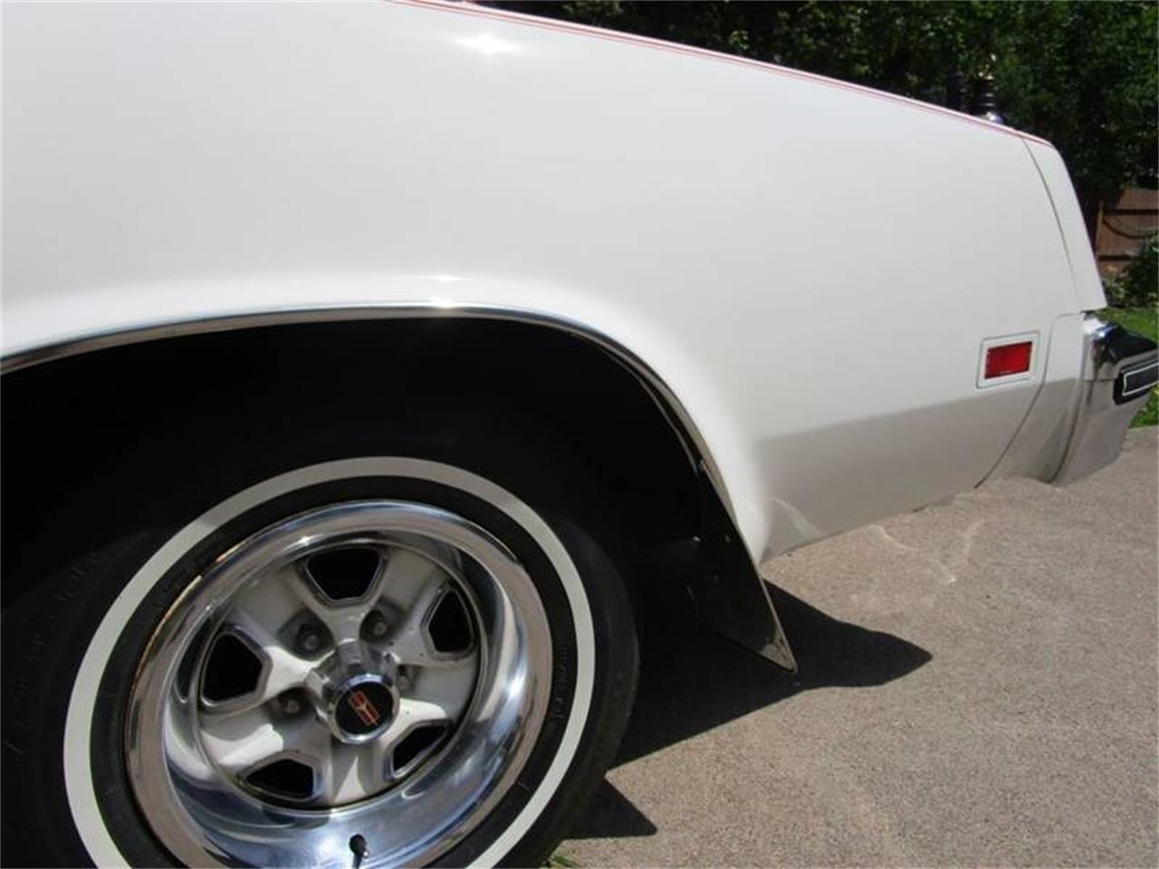 Large Picture of '77 Cutlass Supreme - QKZ4