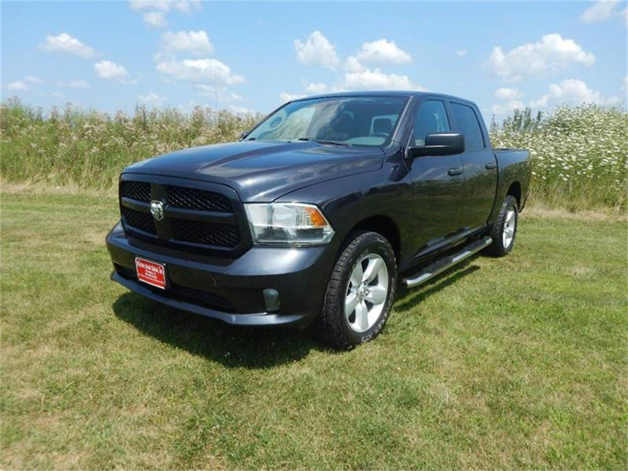 Large Picture of '14 Ram 1500 - QMO8