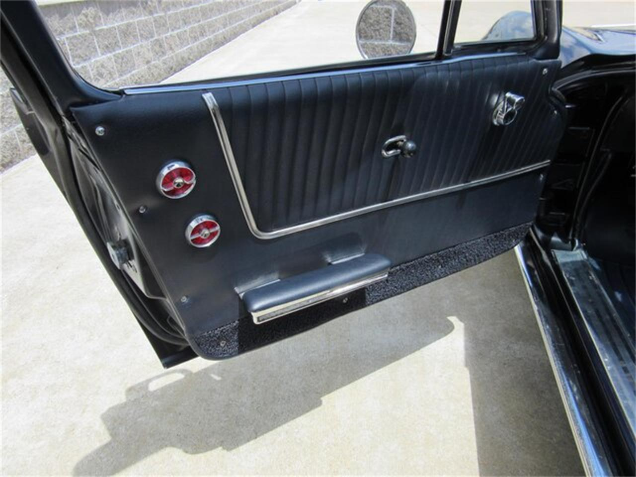 Large Picture of Classic '63 Chevrolet Corvette - $119,000.00 Offered by Ray Skillman Classic Cars - QKZR
