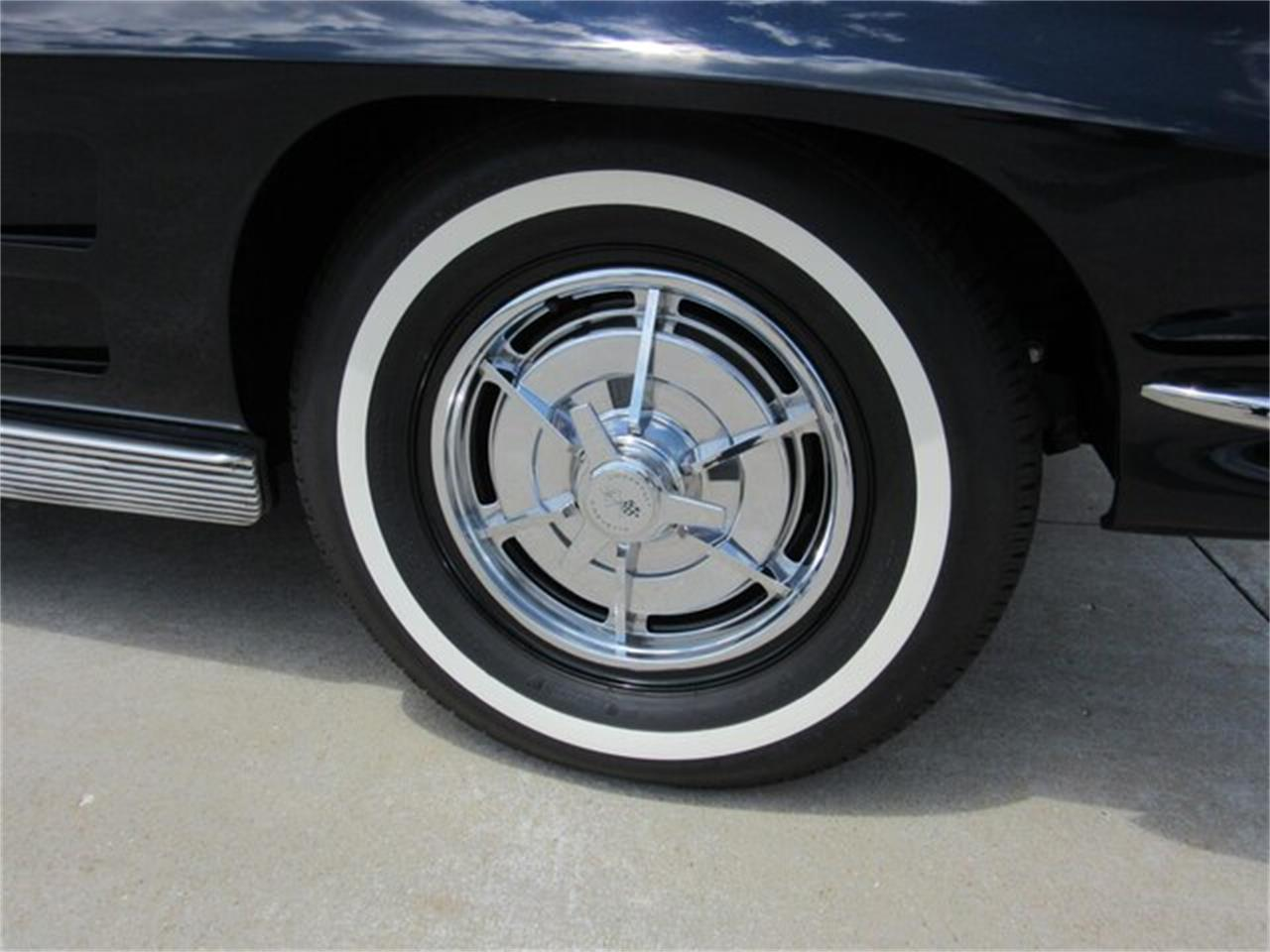 Large Picture of Classic 1963 Chevrolet Corvette located in Indiana - $119,000.00 - QKZR