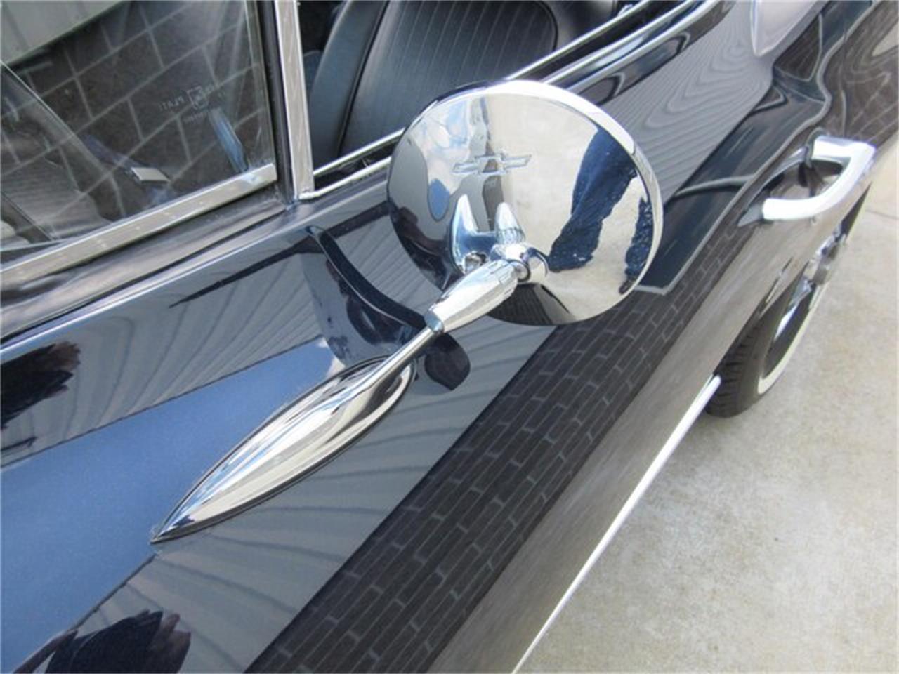 Large Picture of Classic 1963 Chevrolet Corvette - QKZR