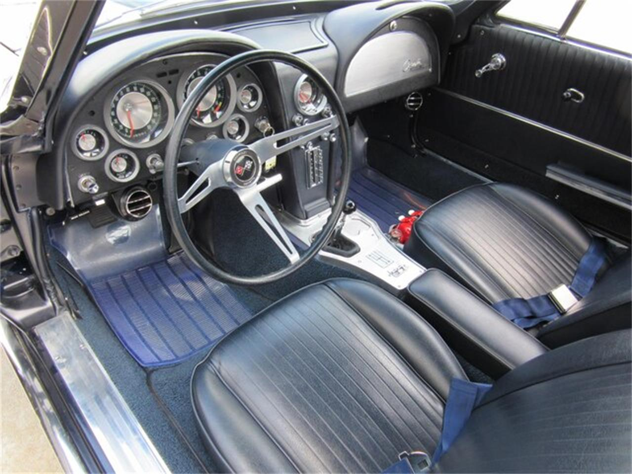 Large Picture of '63 Chevrolet Corvette Offered by Ray Skillman Classic Cars - QKZR