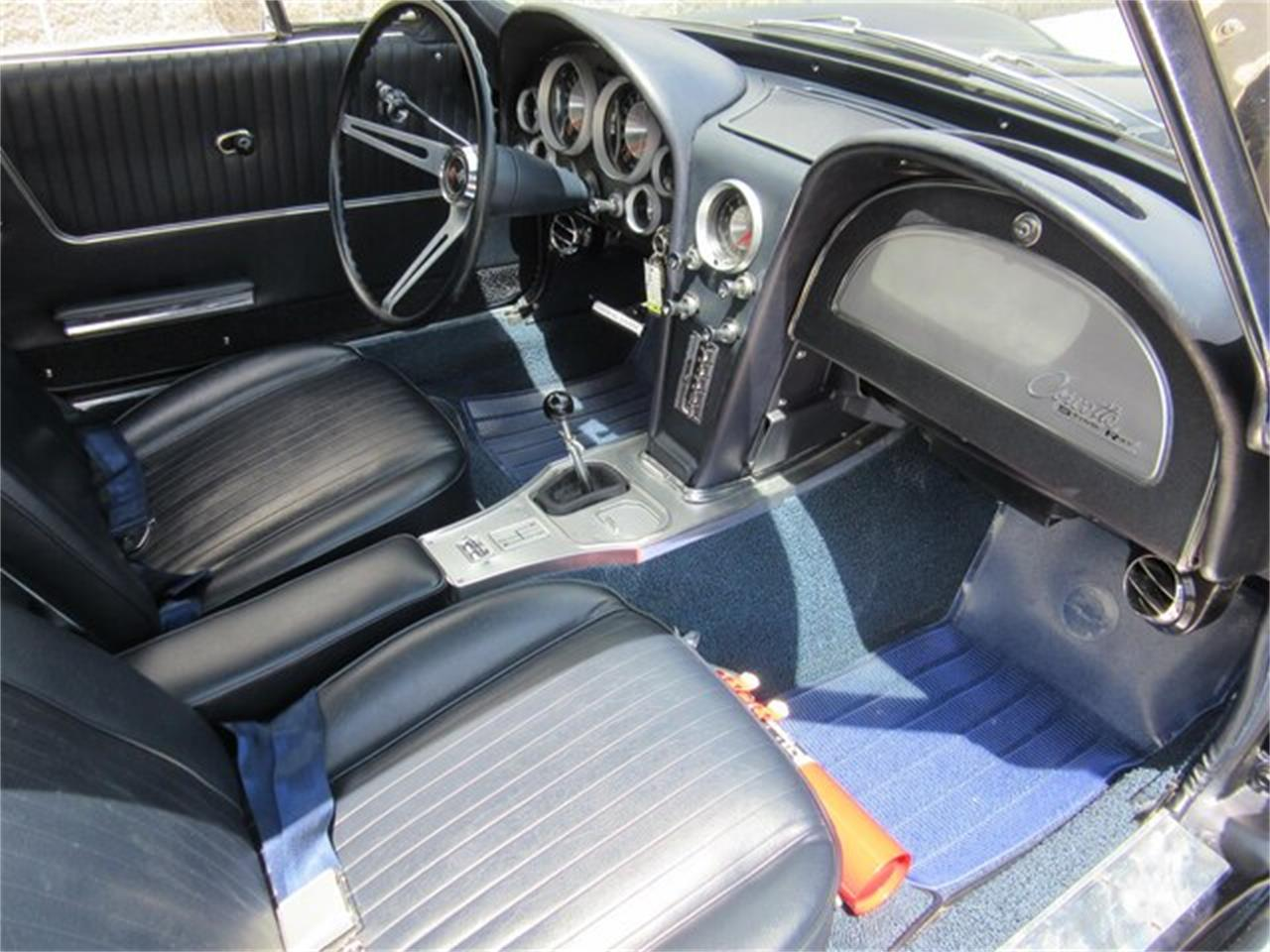 Large Picture of Classic '63 Corvette - QKZR