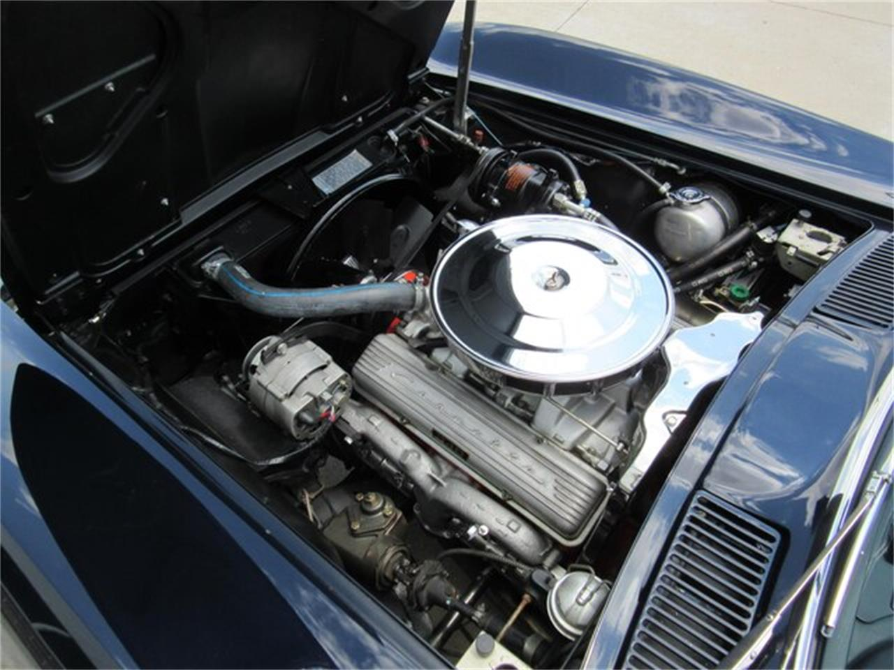 Large Picture of '63 Chevrolet Corvette located in Greenwood Indiana Offered by Ray Skillman Classic Cars - QKZR
