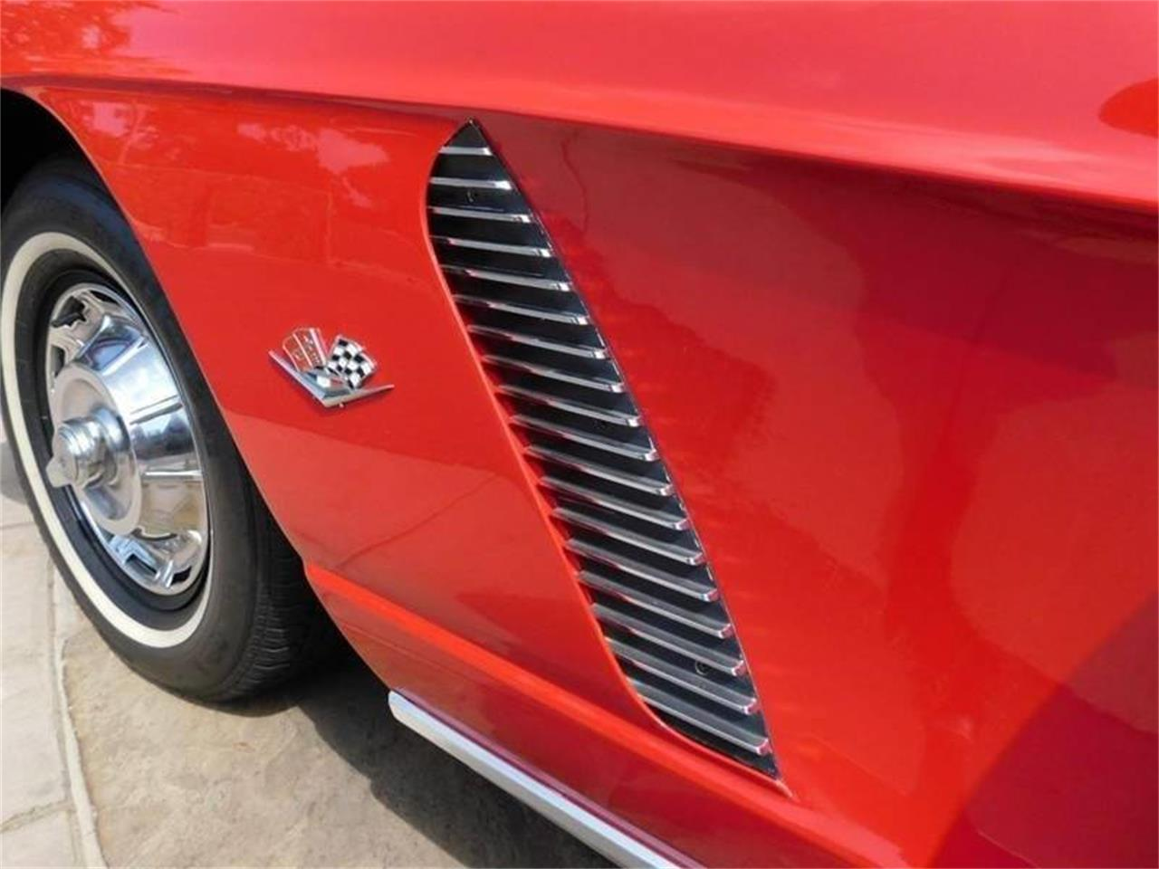Large Picture of 1962 Corvette located in Santa Barbara California - QMUZ