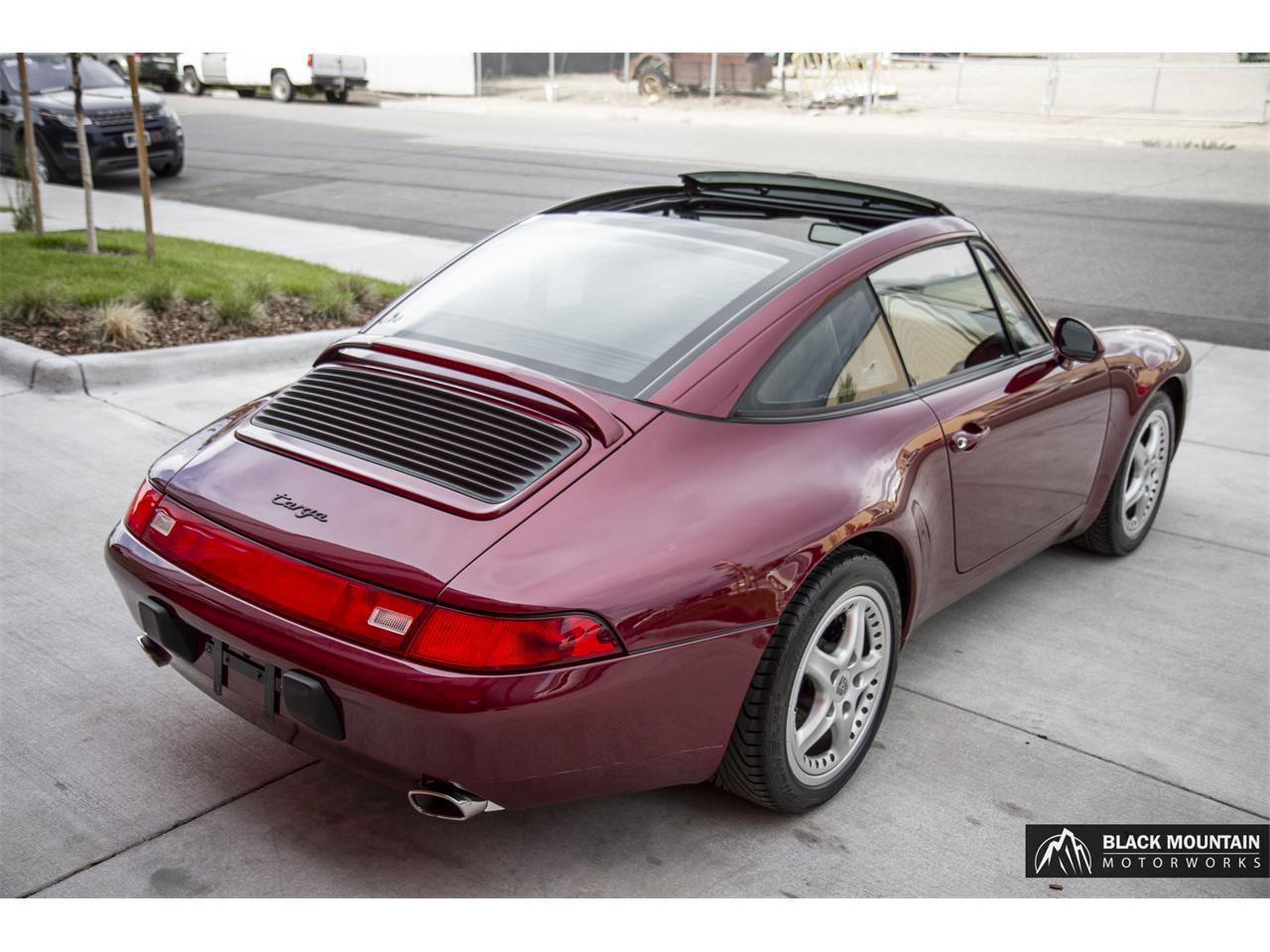 Large Picture of 1997 Porsche 911 Carrera - QN1Z