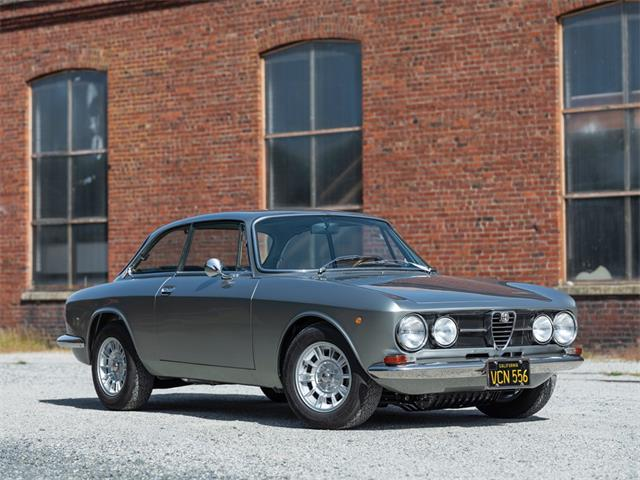 Picture of 1969 1750 GT Veloce located in Monterey California Offered by  - QN4L
