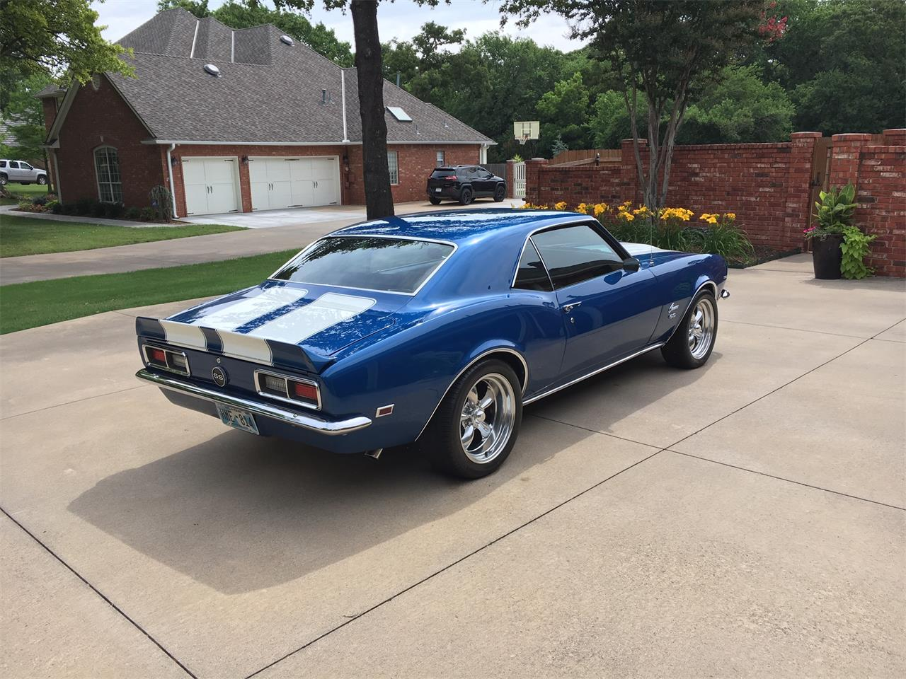Large Picture of '68 Camaro - QNCY