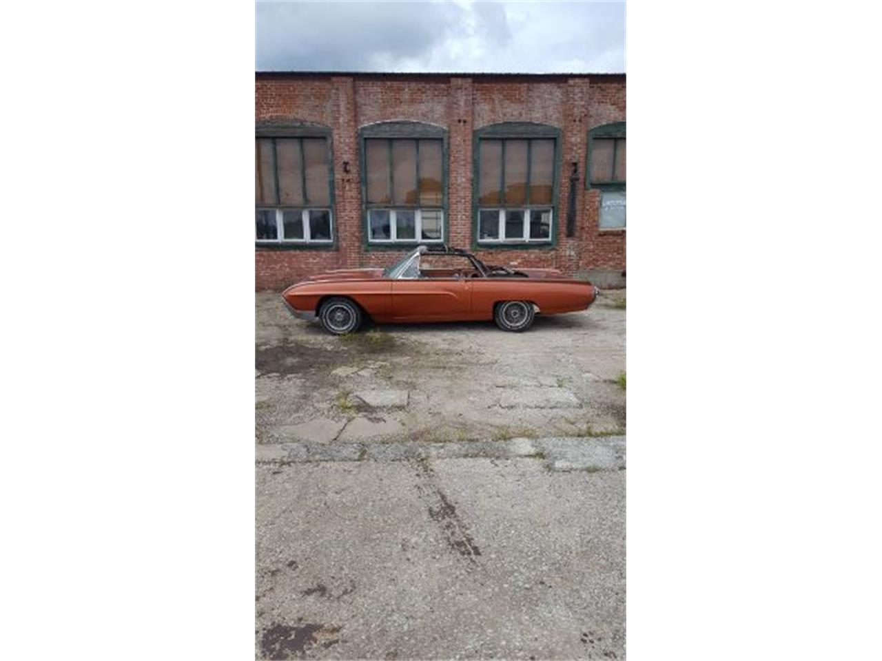 Large Picture of '62 Thunderbird - QNHW