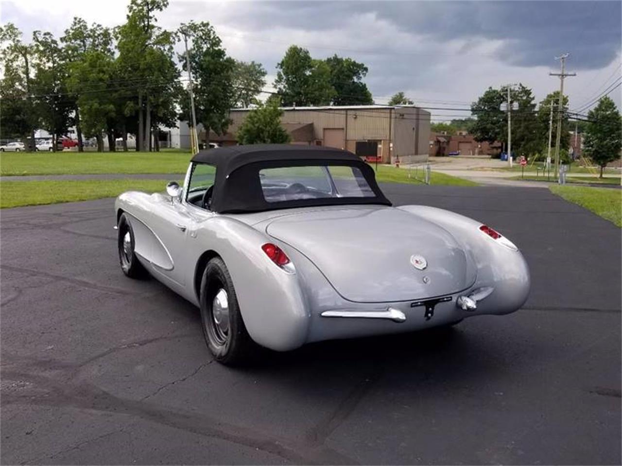 Large Picture of '56 Corvette - QNM3