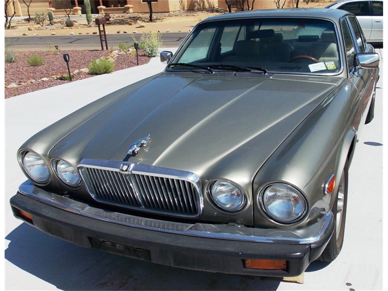 Large Picture of 1986 Jaguar XJ6 - $7,500.00 - QNNV