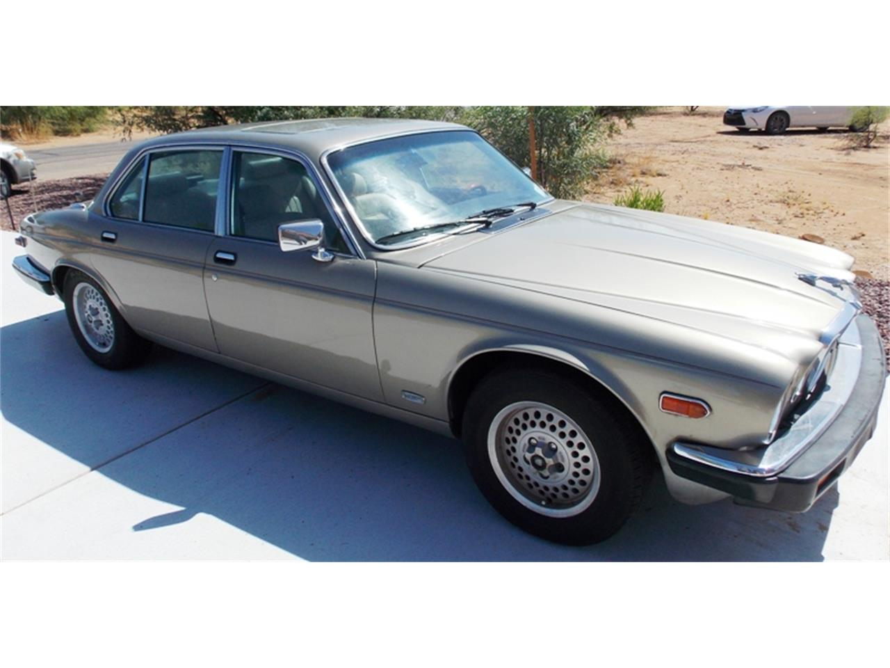 Large Picture of 1986 Jaguar XJ6 located in AZ - Arizona - QNNV