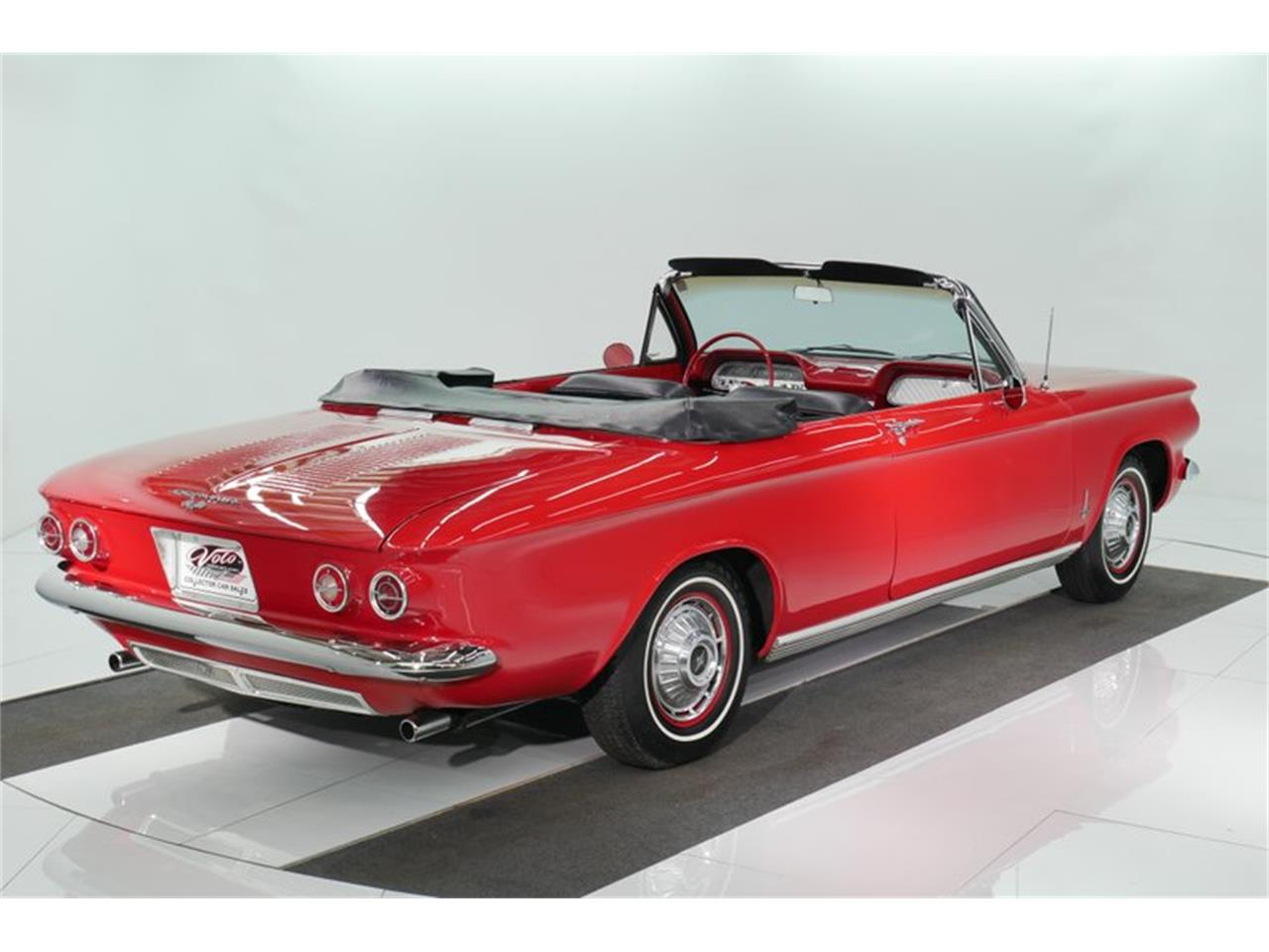Large Picture of Classic 1963 Corvair Offered by Volo Auto Museum - QNOF