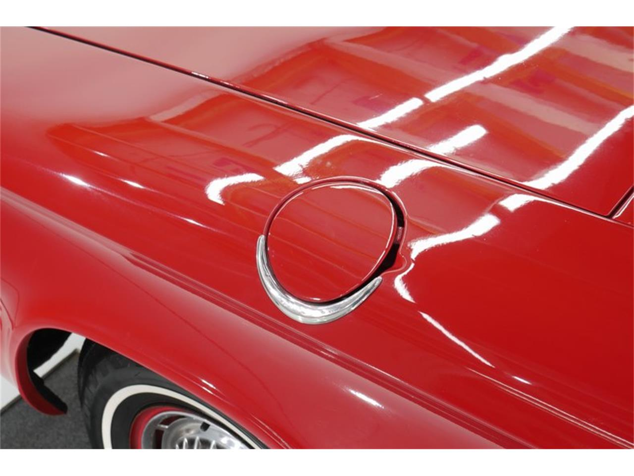 Large Picture of Classic 1963 Chevrolet Corvair Offered by Volo Auto Museum - QNOF