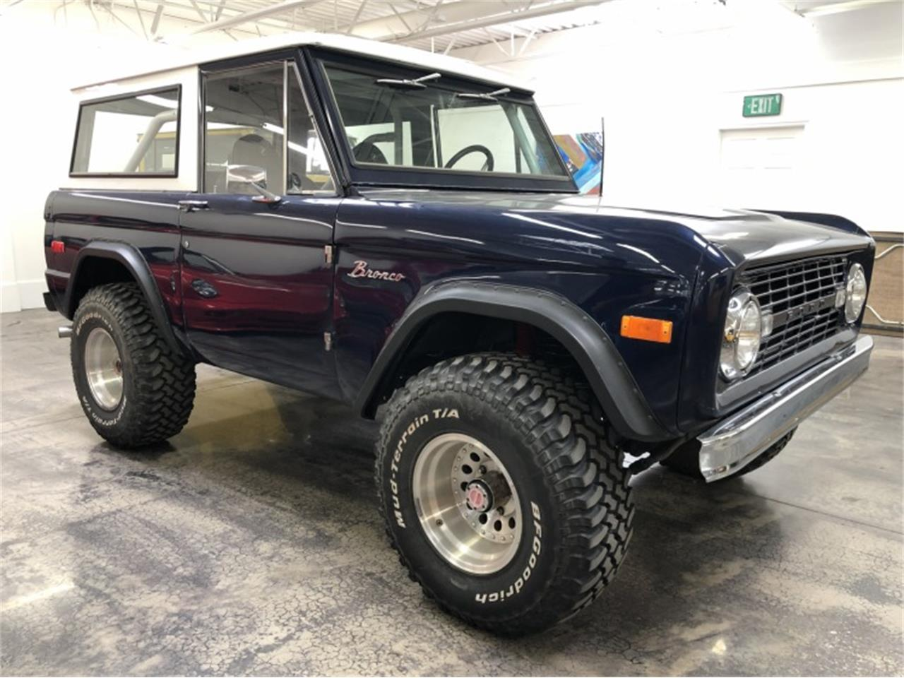 Large Picture of Classic 1971 Bronco located in Nevada Auction Vehicle - QNQD