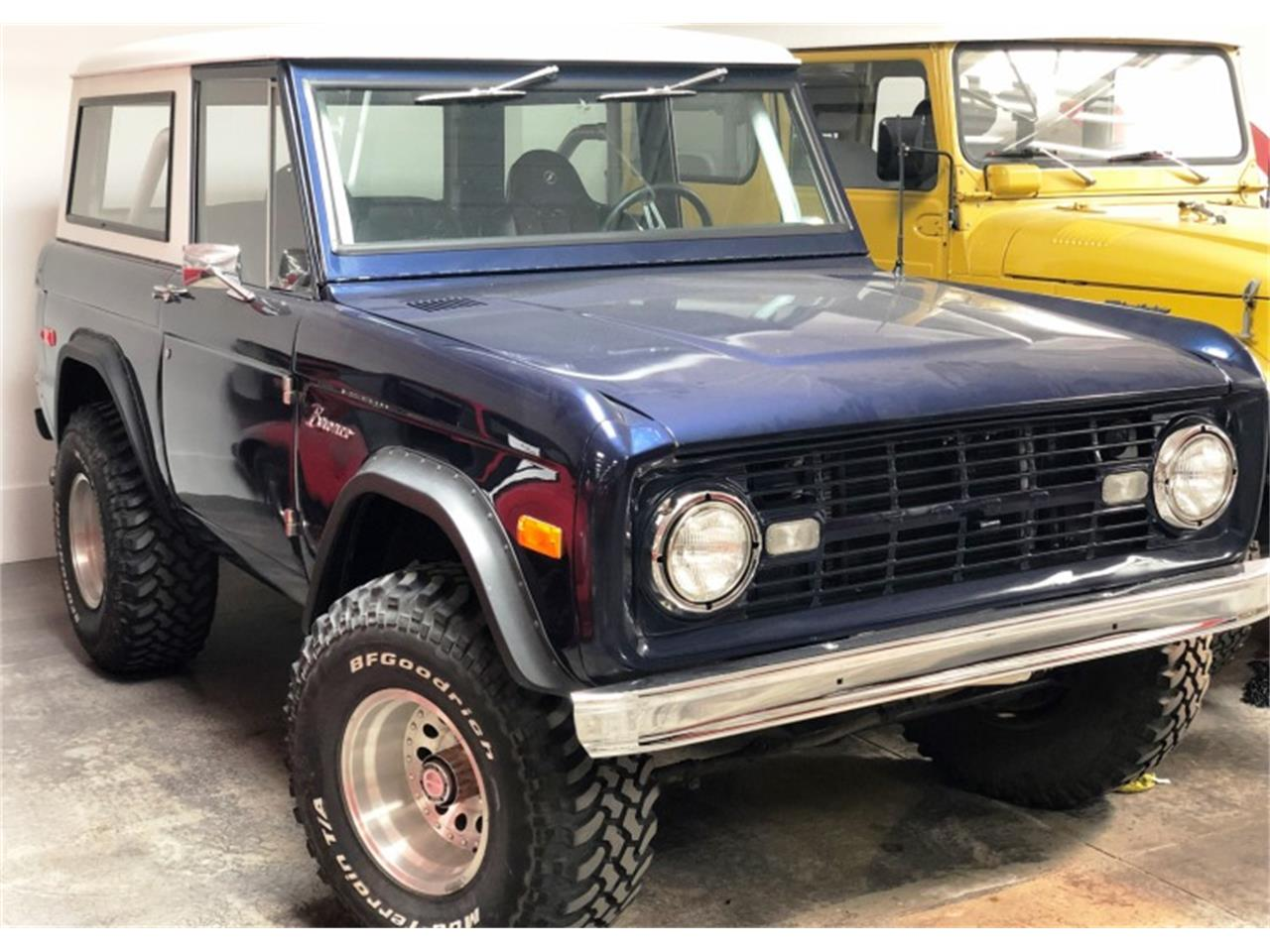Large Picture of Classic 1971 Bronco located in Nevada Auction Vehicle Offered by Motorsport Auction Group - QNQD