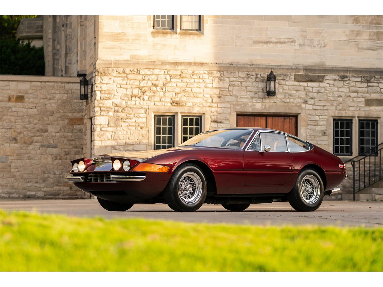 Large Picture of Classic 1972 365 GTB/4 Daytona Offered by LBI Limited - QL32