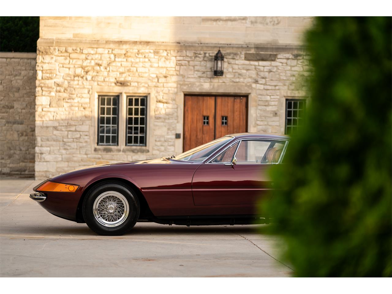 Large Picture of Classic 1972 Ferrari 365 GTB/4 Daytona - $725,000.00 Offered by LBI Limited - QL32