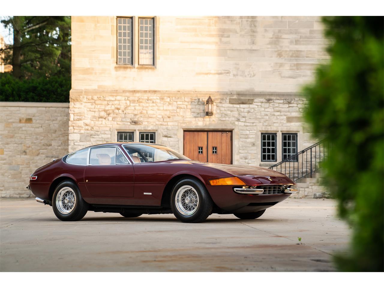 Large Picture of Classic 1972 365 GTB/4 Daytona located in Pontiac Michigan - $725,000.00 - QL32