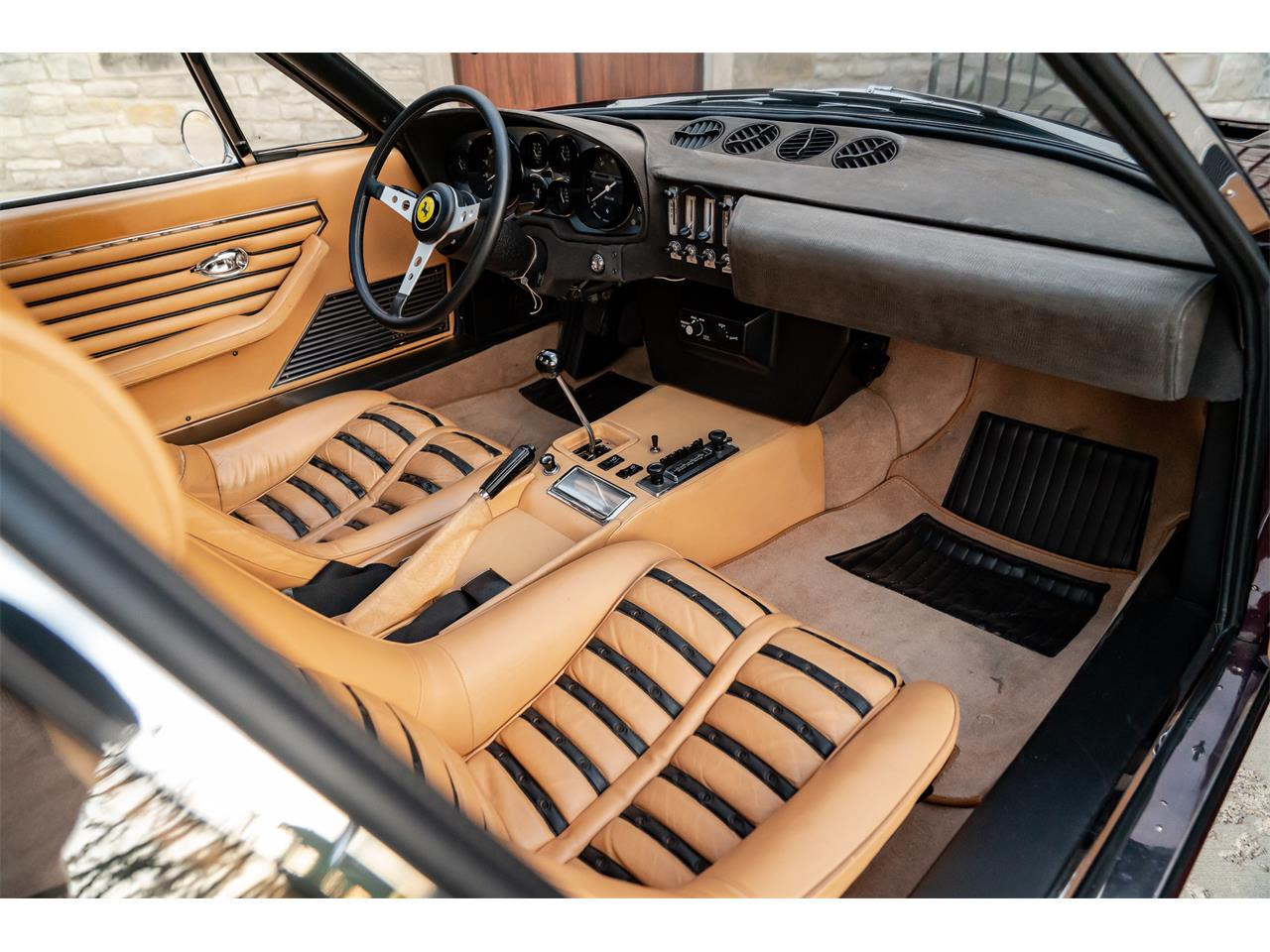 Large Picture of Classic 1972 365 GTB/4 Daytona - $725,000.00 Offered by LBI Limited - QL32