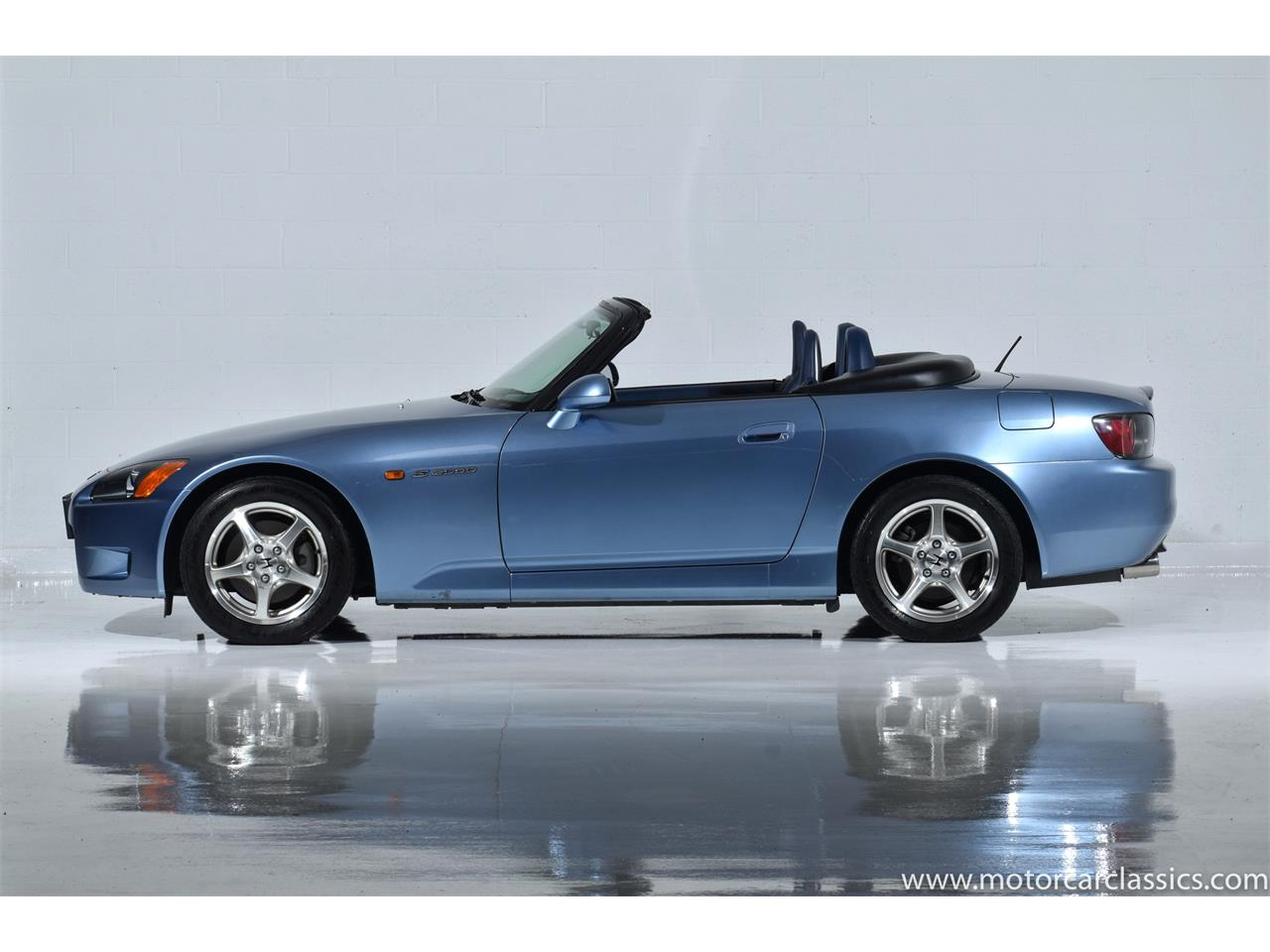 Large Picture of 2002 S2000 located in New York - QNSZ