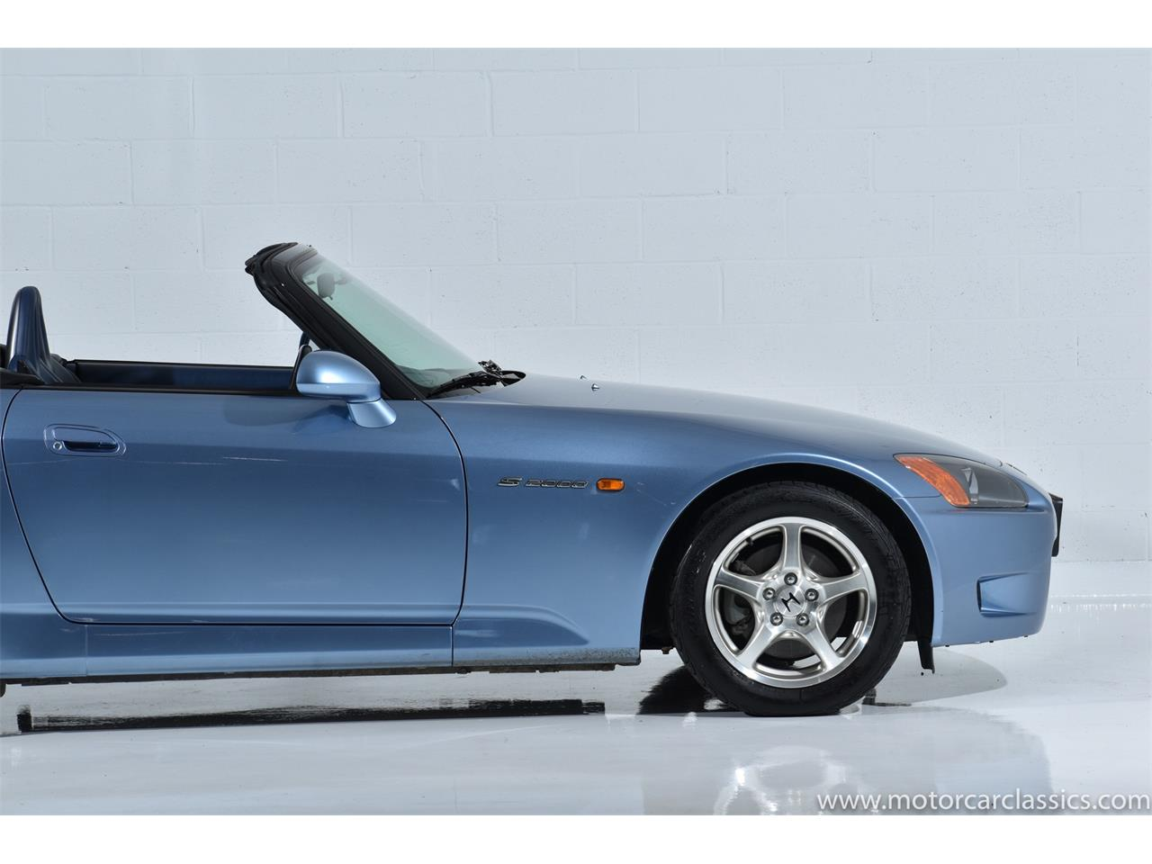 Large Picture of 2002 Honda S2000 located in Farmingdale New York Offered by Motorcar Classics - QNSZ