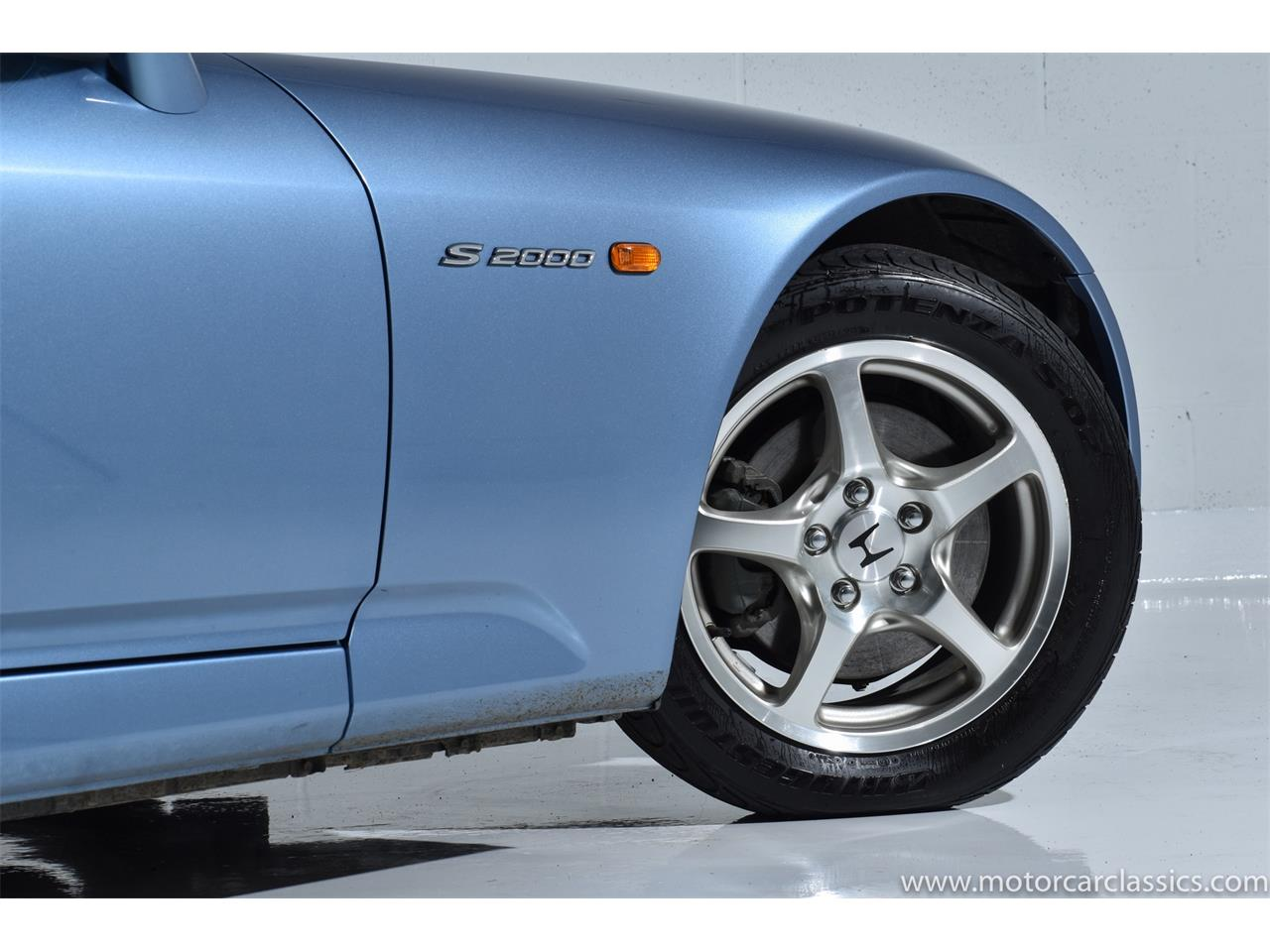 Large Picture of 2002 S2000 located in Farmingdale New York - QNSZ