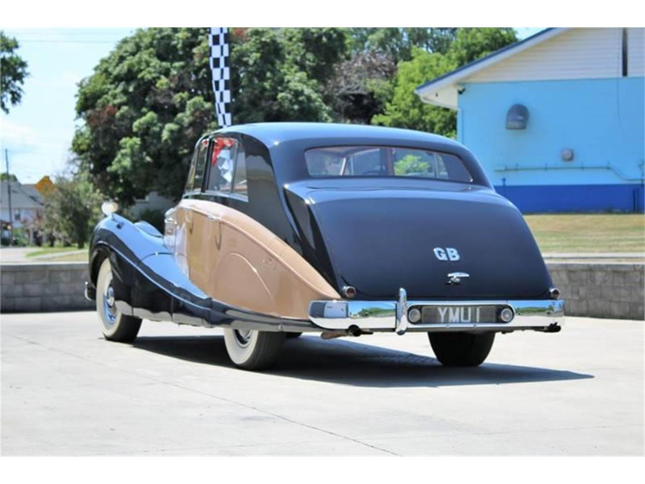 Large Picture of '55 R Type - QNT5