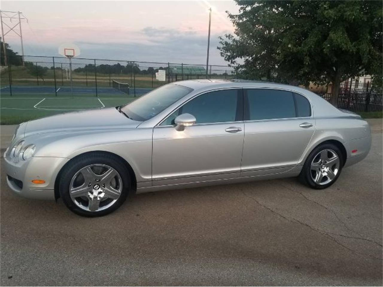Large Picture of '07 Continental located in Cadillac Michigan - QNUI