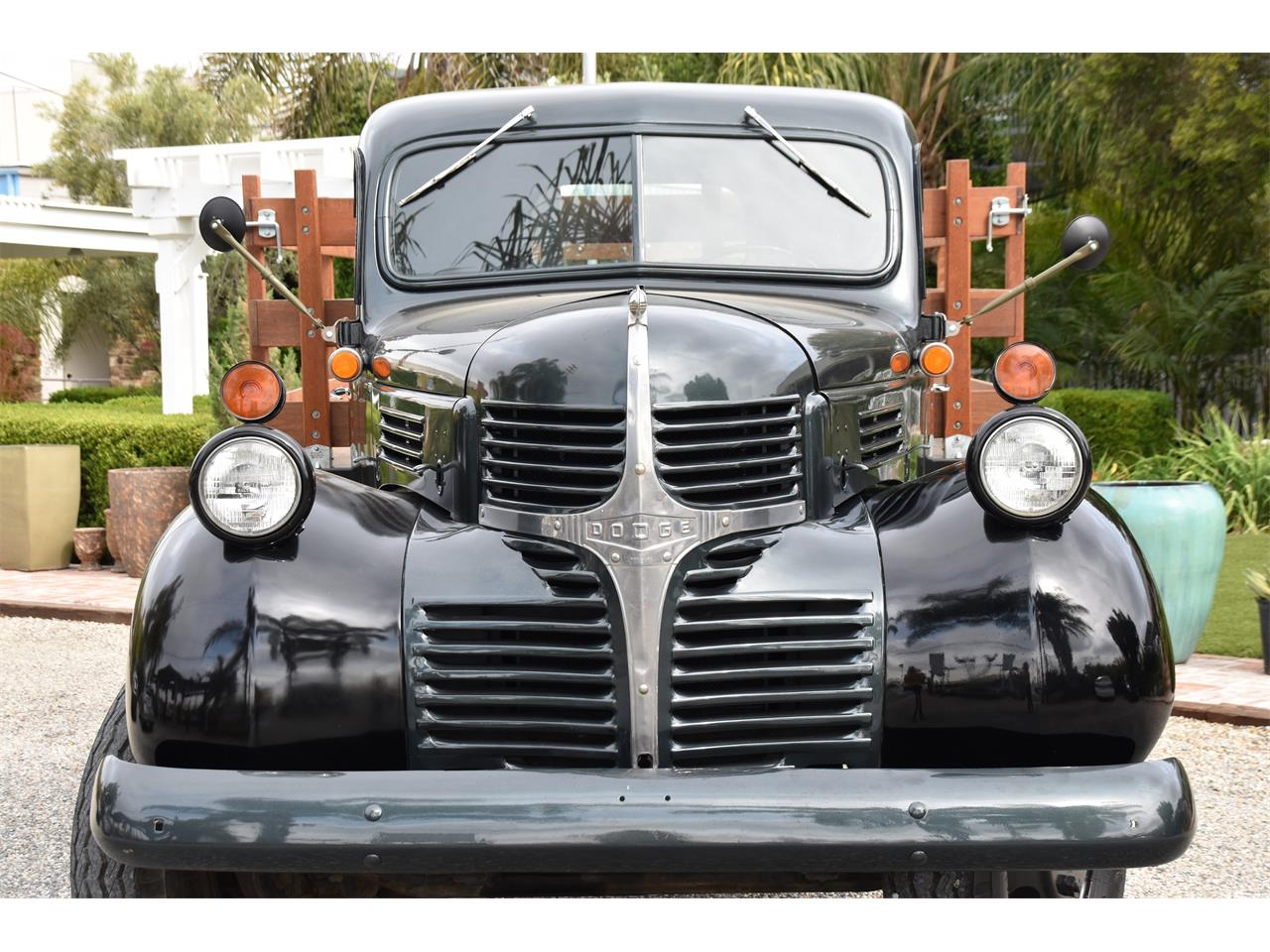 Large Picture of '46 1 Ton Pickup - QNX4