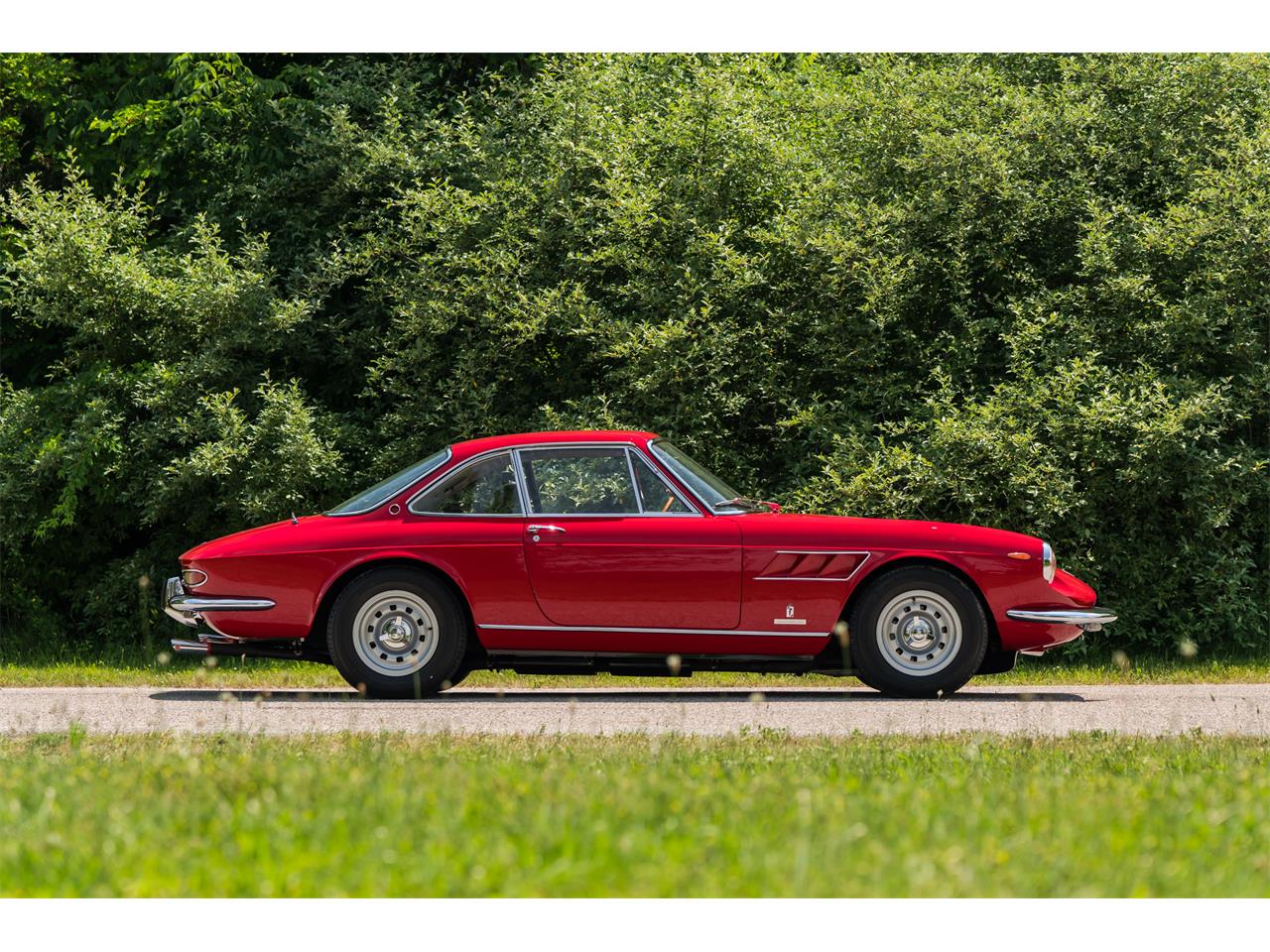Large Picture of '67 330 GTC - $650,000.00 - QNXU