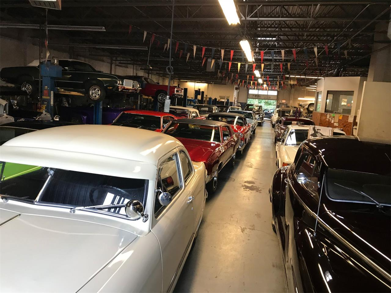 Large Picture of '56 Limousine - QO0V