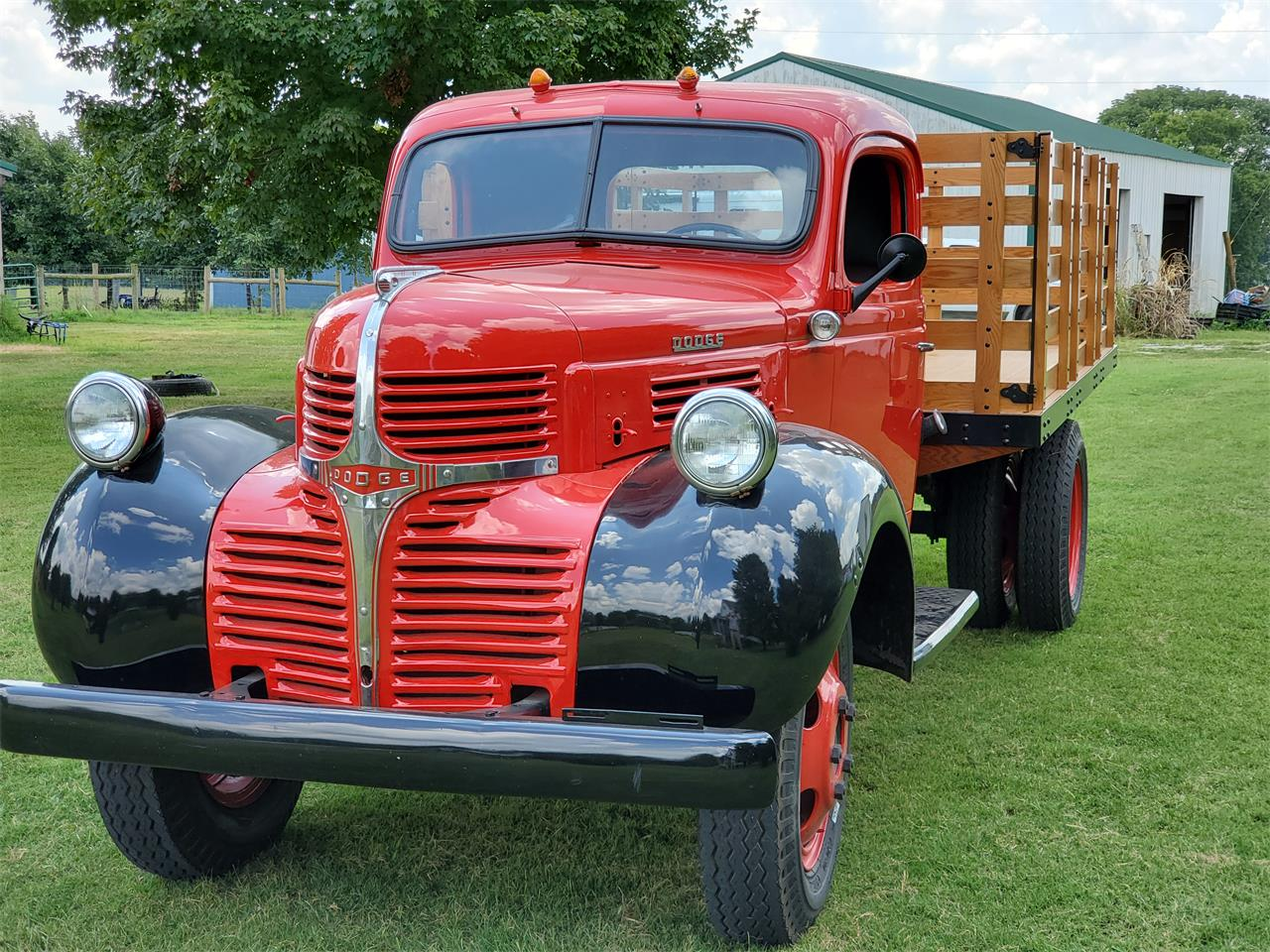 Large Picture of Classic 1946 1 Ton Pickup - QO6R