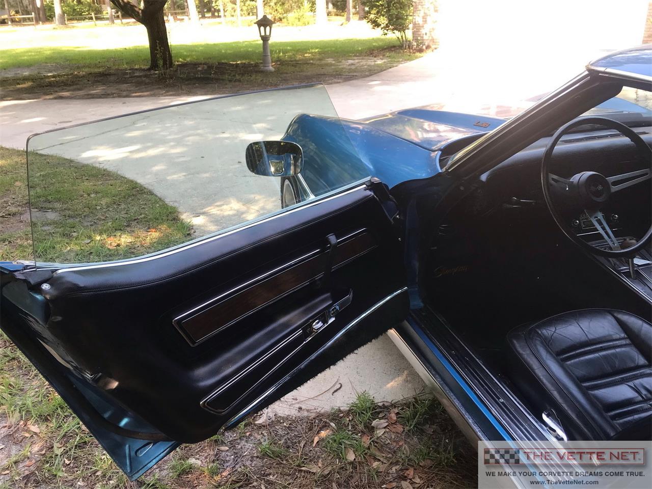 Large Picture of '75 Corvette - QO8C