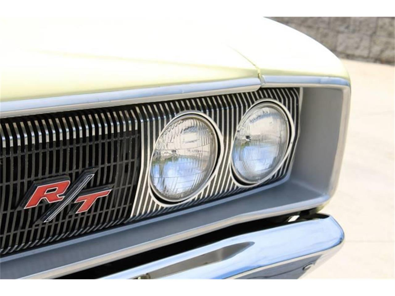 Large Picture of '67 Coronet - QO8G