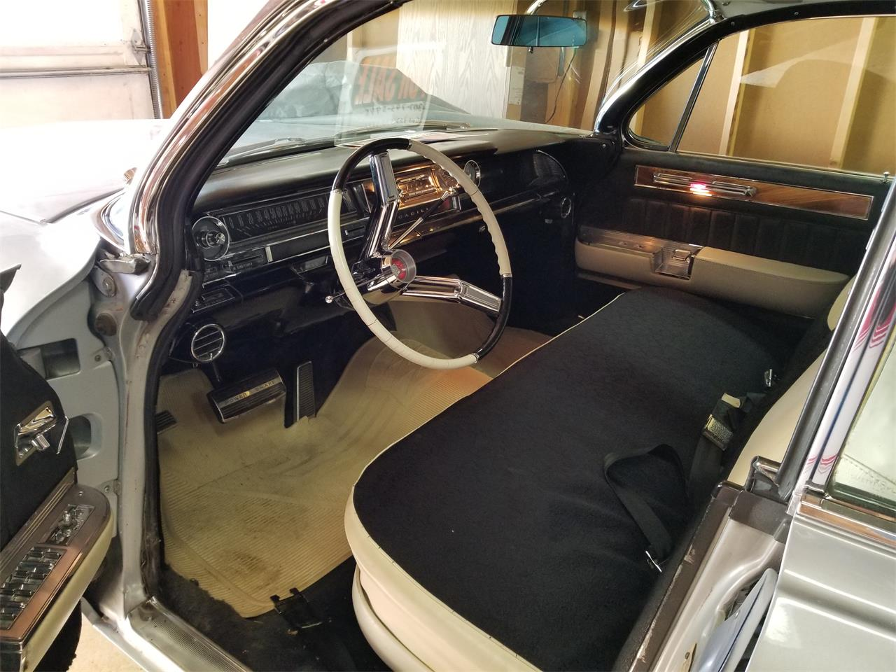 Large Picture of '61 Fleetwood 60 Special - QOA8
