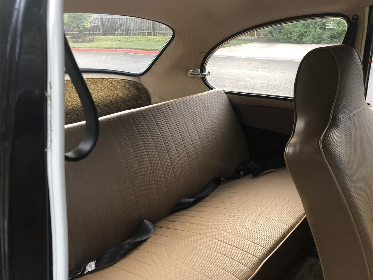 Large Picture of Classic 1972 Volkswagen Beetle located in Austin Texas - $13,500.00 Offered by a Private Seller - QOBX